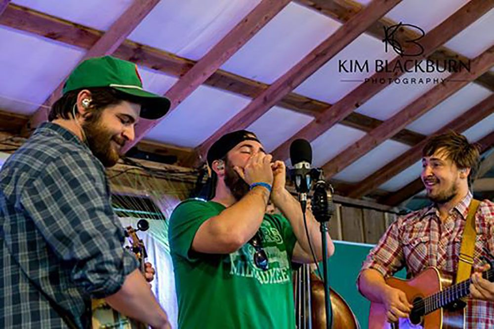 HS&HG-The-Moonshiners-Ball-2016-Kim-Blackburn-copyright-protected